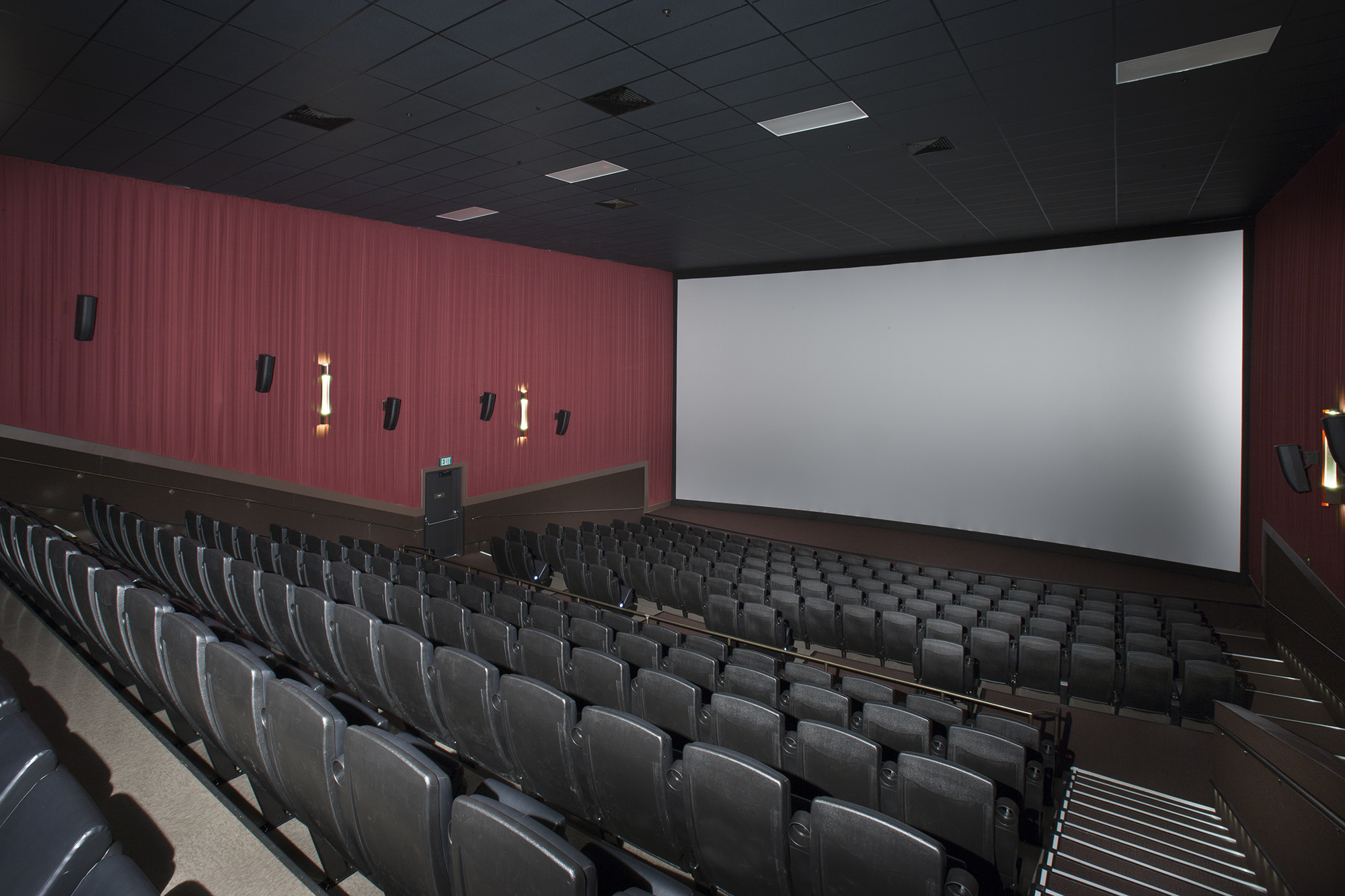 Tinseltown movie theater-rochester ny